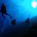 青の洞窟+白い砂、サンゴの海体験ダイビング