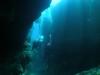 船酔いも心配なし青の洞窟ファンダイビング